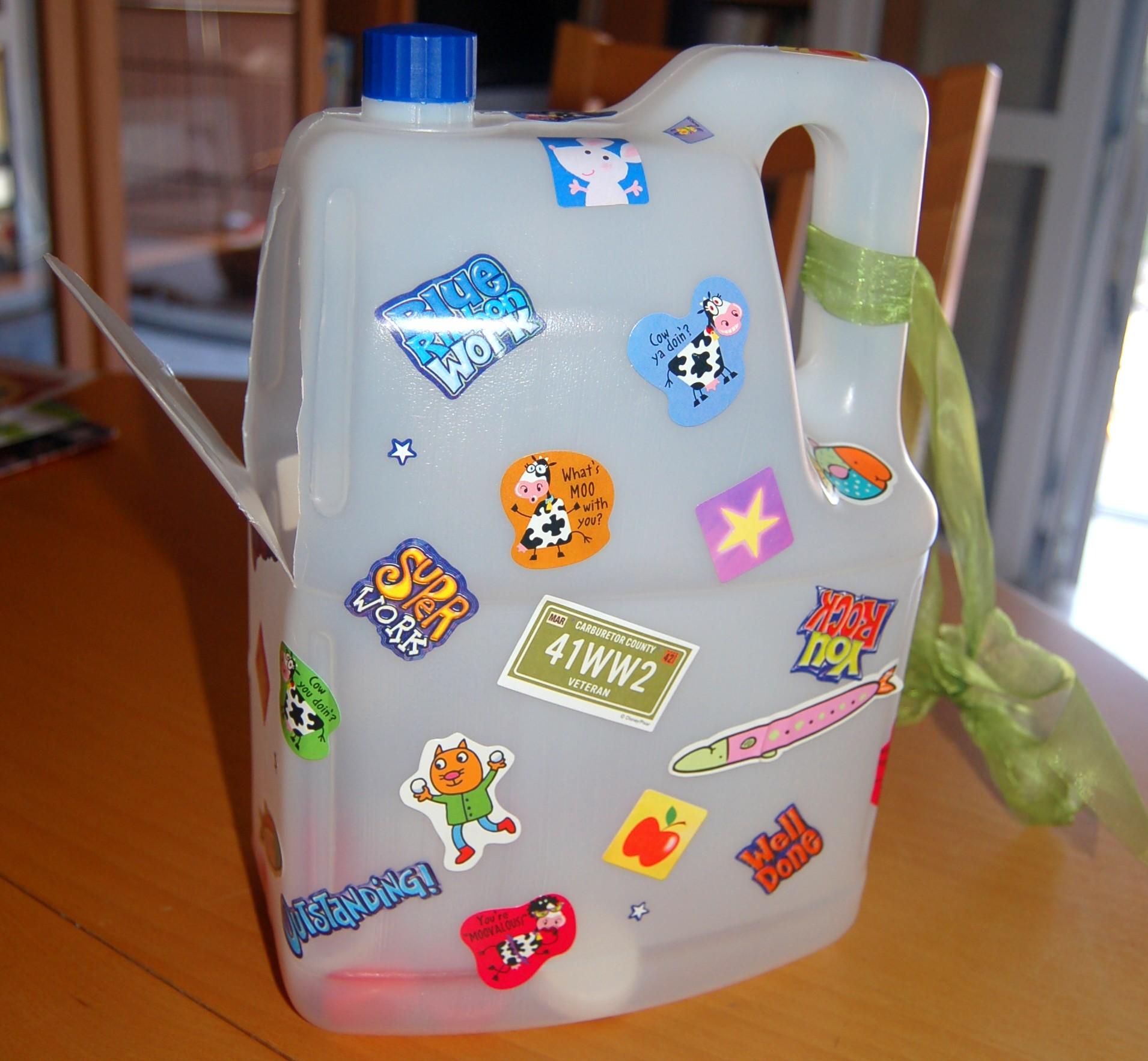 Super Quando riciclare vuol dire aiutare: la casa dei tappi | KN94