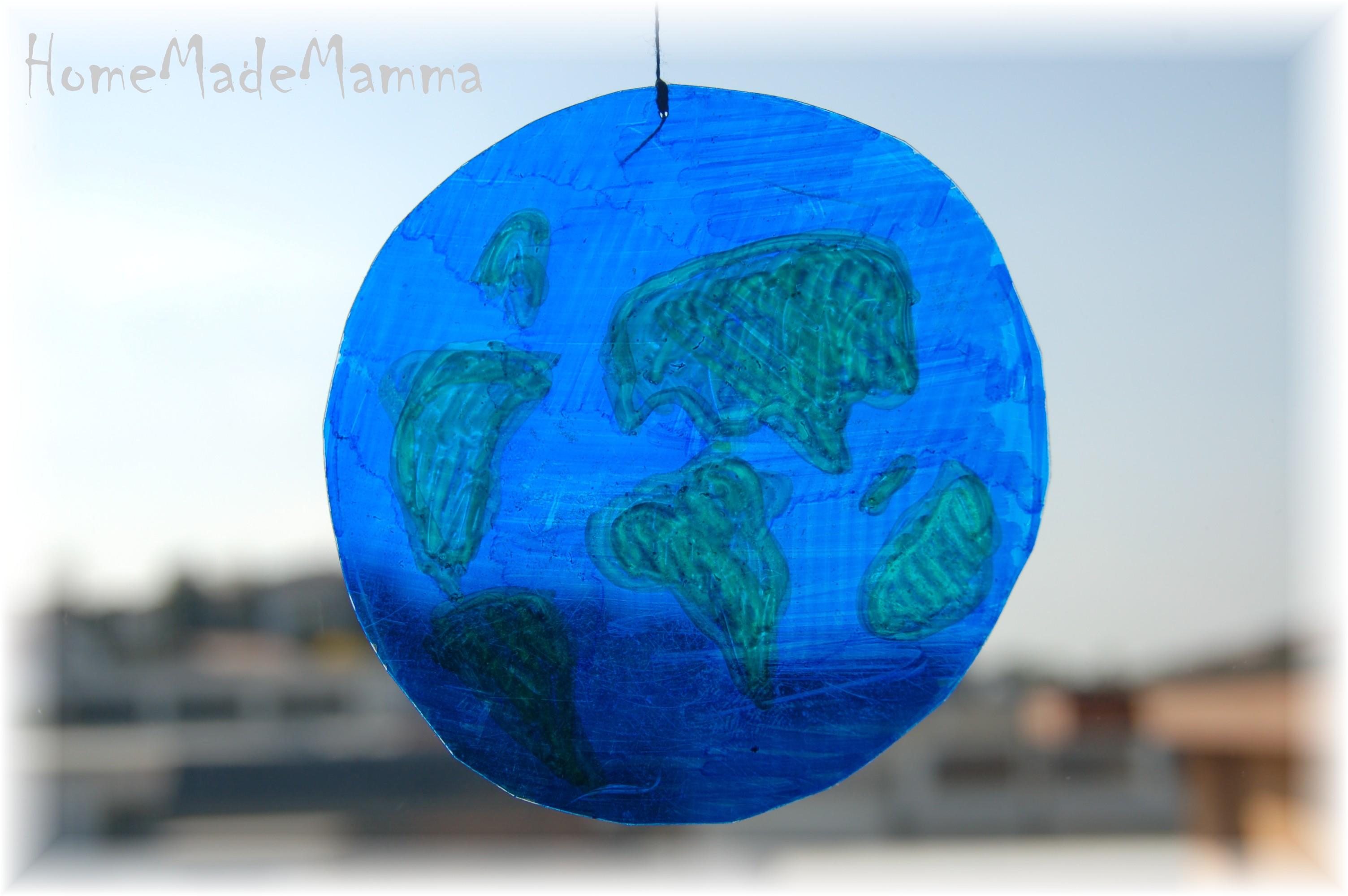 Il mondo in una stanza lavoretti per il giorno della terra for Lavoretti per decorare la stanza