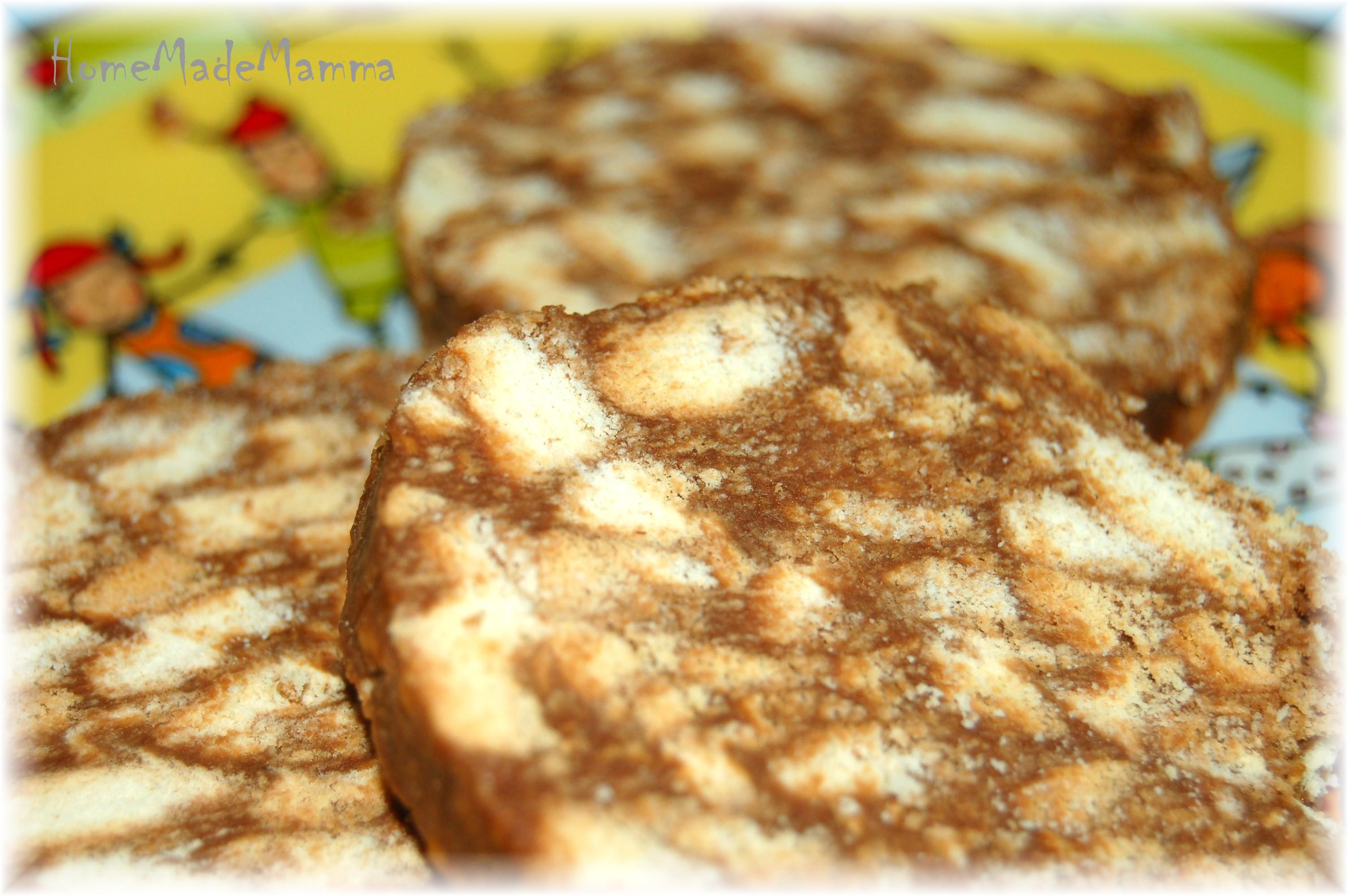 Cucinare con i bambini il salame di cioccolata di piccolo - Cucinare con i bambini ...