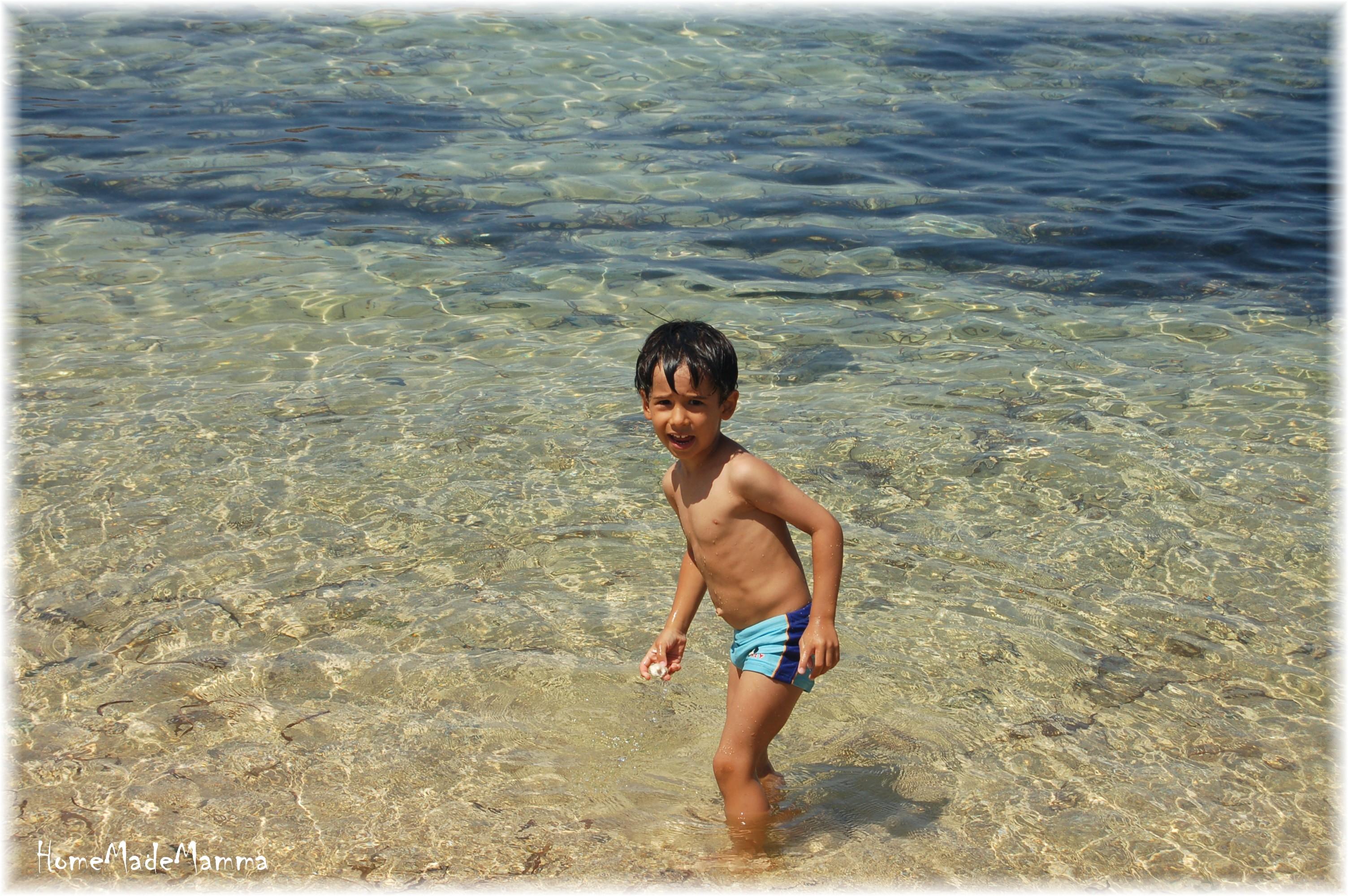In sardegna con i bambini la spiaggia di sa mesa longa - Non riesco ad andare in bagno ...