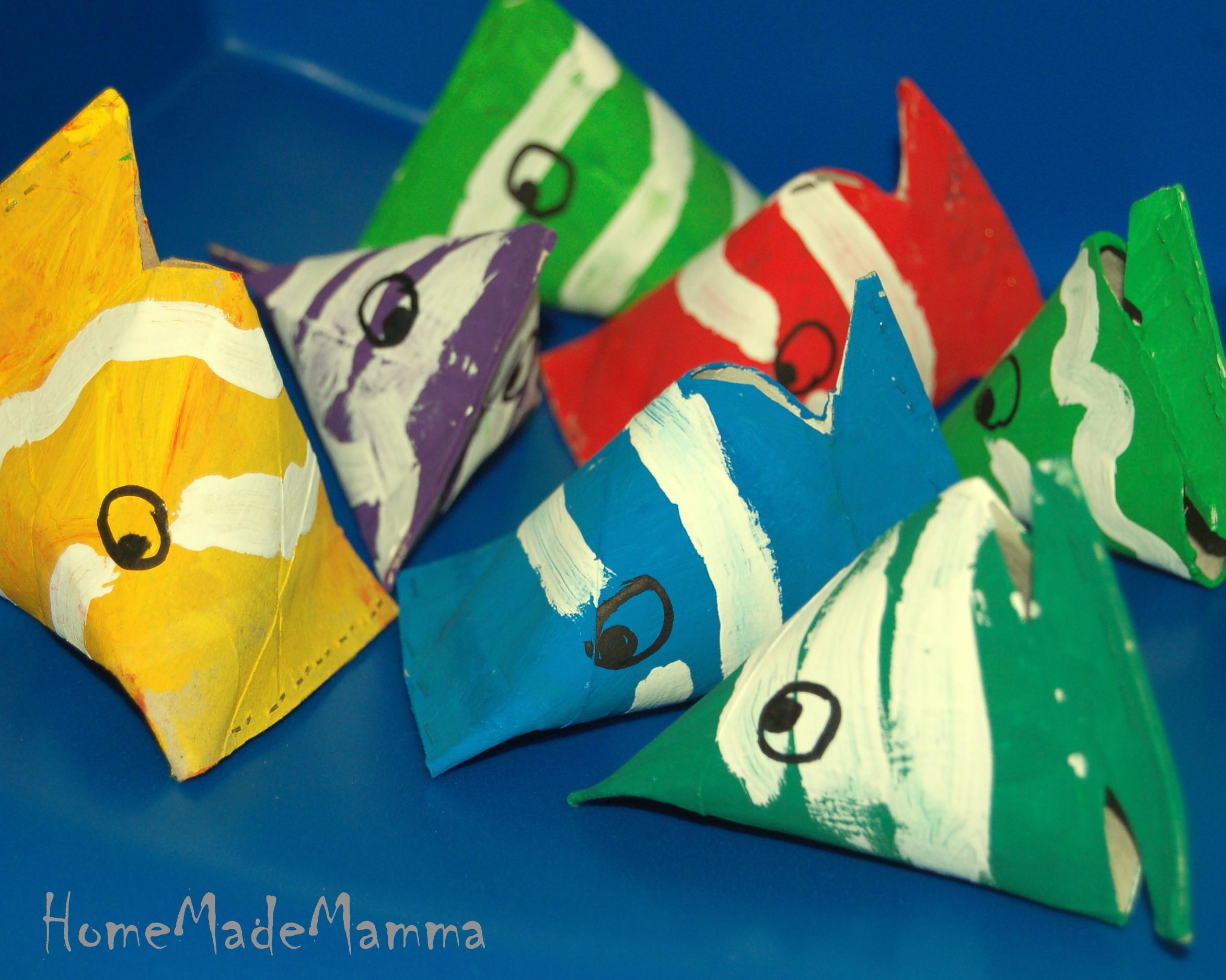 Primo d aprile creativo da rotoli di cartone a pesci for Disegni pesciolino arcobaleno