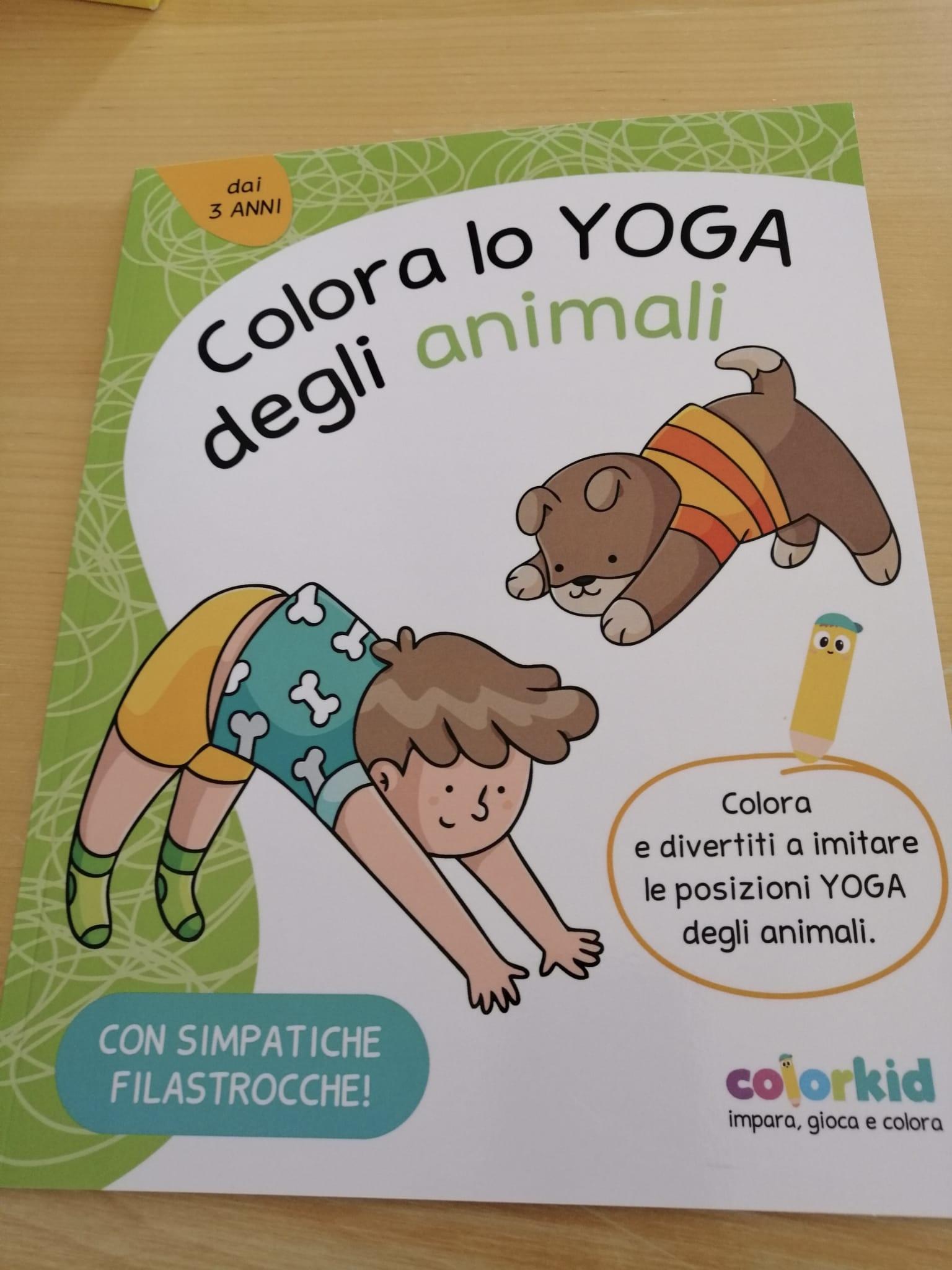 Libro yoga da colorare con filastrocche per